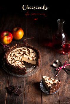 Cheesecake vegan vanille et chocolat {sans gluten} Cheesecake Sans Lactose, Raw Cheesecake, Healthy Cheesecake, Cheesecake Cookies, Chocolate Cheesecake, Delicious Vegan Recipes, Raw Food Recipes, Patisserie Vegan, Gateaux Vegan