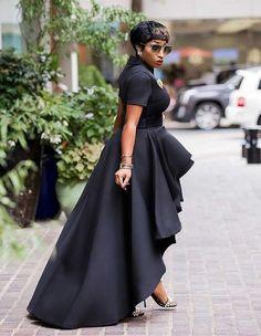 African Fashion Dresses, African Dress, Fashion Addict, Girl Fashion, Womens Fashion, Estilo Blogger, Sunday Outfits, Vogue, Blouse Styles