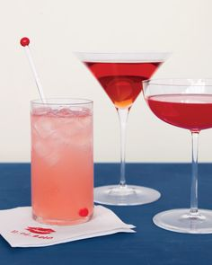 Sweet Pink and Red Drinks-Old-school drinks that fit into a blushing palette (from left): a virgin cherry limeade, a raspberry martini, and a sweet Negroni. Negroni Cocktail, Cocktail Drinks, Alcoholic Drinks, Cocktail Shaker, Beverages, Red Cocktails, Cocktail Night, Cocktail Ideas, Bar Drinks