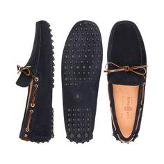 Crocodile laced car shoes.