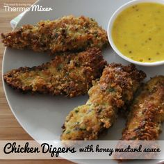 Delicious Chicken dippers with honey mustard sauce made in your thermomix or with a saucepan and your oven. Mustard Recipe, Honey Mustard Sauce, Chicken Dippers, Chicken Nuggets, Midweek Meals, Cooking Recipes, Healthy Recipes, Yum Yum Chicken, Snacks