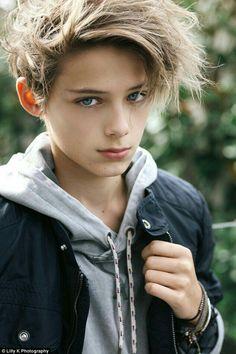 Blonde Boys, Blonde Hair Blue Eyes, Beautiful Boys, Pretty Boys, Cute 13 Year Old Boys, William Franklyn Miller, Beauty Of Boys, Boy Character, Boy Models