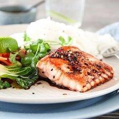 Müslibrød, eller müslirundstykker, om du vil | TRINES MATBLOGG Sashimi, Wok, Salmon Burgers, Food And Drink, Meat, Chicken, Squash, Ethnic Recipes, Pumpkins