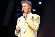 Bill Anderson  Singer  James William Anderson III, better known as Bill Anderson, is an American country music singer, songwriter and television personality.