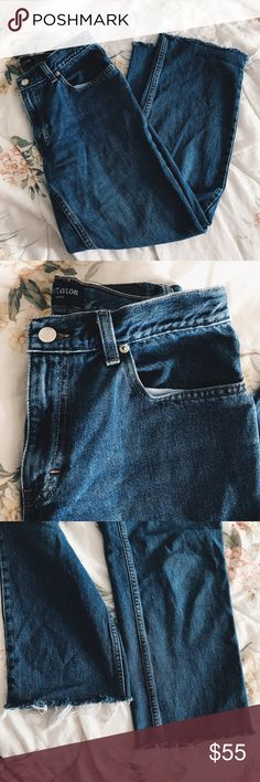 """Ann Taylor Frayed High Waisted Pants Mom Jeans snug fit in the legs, cropped frayed wider bottom! Great quality jeans, these babies will last you forever. """"Mom Jeans"""" 29 inch waist! tags: high waisted, destroyed, distressed, vintage, 90's Ann Taylor Jeans Flare & Wide Leg"""