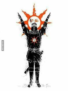 Dark Souls: t-shirt. Dark Souls Characters, Dark Souls Solaire, Soul Saga, Arte Dark Souls, Soul Tattoo, Dark Blood, Praise The Sun, Funny Games, Tattoo Sketches
