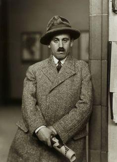 August Sander: Kunsthändler (Sam Salz), 1927