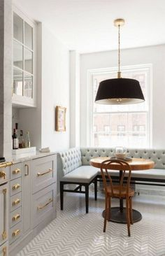 Gray and Brass Kitchen Kitchen Decorating Ideas. Marble black and brass kitchen with drum pendant in breakfast nook. Marble black and brass kitchen with drum pendant in breakfast nook. Home Kitchens, Brass Kitchen Hardware, Kitchen Design, Kitchen Inspirations, Interior, Dining Nook, Gray And White Kitchen, Home Decor, House Interior