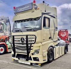 Mb Truck, Mercedes Benz Trucks, Trucks Only, Trailers, Classic Cars, Mp5, Car Decal, Diorama, Vehicles
