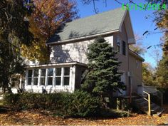 450,000 - Real estate home listing for 1 Hendrickson Pl Fair Haven NJ 07704, MLS #3077376.  Explore local schools, neighborhood info, and New Jersey homes for sale.