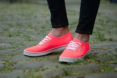 Vans neon coral pink sneakers women 7 NEW First 2 pictures show colors. Last two are the actual shoes. Has some minor marks shown. Really cool neon pink/coral color. Neon Vans, Coral Shoes, Skate Shoes, Vans Shoes, Keds Shoes Outfit, Vans Girls, Vans Women, Pink Sneakers, Shoes