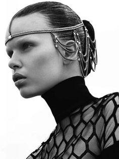 Game of Thrones Inspired Fashion -> chezagnes.blogspo...