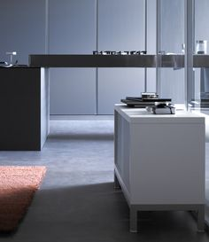Logos Kitchen with Sapporo storage system from STUA.