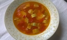 supaderosiicudovlecei Thai Red Curry, Cantaloupe, Cooking, Ethnic Recipes, Food, Parenting, Kitchens, Kitchen, Essen