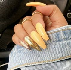 Yellow nails with gold nails💛💛 Matte Acrylic Nails, Acrylic Nail Designs, Nail Art Designs, Gorgeous Nails, Love Nails, How To Do Nails, Stiletto Nails, Coffin Nails, Yellow Nails