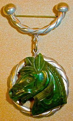 DECO GREEN BAKELITE CARVED HORSE HEAD BROOCH