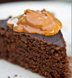 Slow+Cooker+Chocolate+Peanut+Butter+Cake