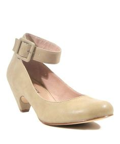 Another great find on #zulily! Beige Loritta Pump - Women by Chelsea Crew  -Here's a retro classic!
