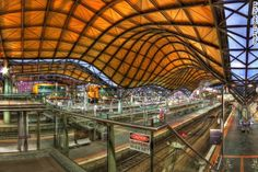 11 amazing train stations