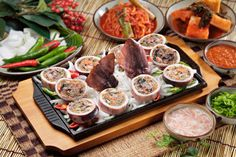 Sundae (순대): Korea's Answer to Black Pudding    When it comes to blood sausages, the Germans have their blutwurst, the French have boudin noir, the Spanish have morcilla, and we Irish (and, let it be said, the English) have black pudding.