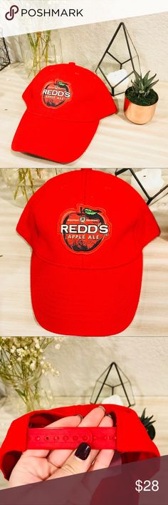 NWT Redds Apple Ale SnapBack Cap! NWT Redds Apple Ale SnapBack Cap! Brand new, no flaws!! Logo is a patch style. Accessories Hats
