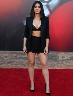 'It Chapter Two' LA Premiere - Red Carpet Fashion Awards Sexy Outfits, Sexy Dresses, Fashion Outfits, Isabelle Lightwood, Girls In Mini Skirts, Most Beautiful Indian Actress, Brunette Girl, Celebrity Red Carpet, Red Carpet Looks