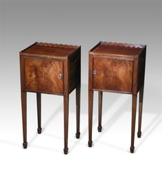 Pair of Edwardian mahogany bedside tables