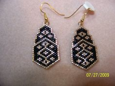 brick stitch earrings patterns free | Brick stitch Black and Gold earring PATTERN by EagleplumeCreations