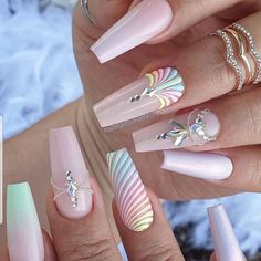 Discovered by m. Find images and videos about cute, nails and girly on We Heart It - the app to get lost in what you love. Glam Nails, Hot Nails, Bling Nails, Beauty Nails, Bling Nail Art, Cute Acrylic Nail Designs, Best Acrylic Nails, Summer Acrylic Nails, Dope Nail Designs