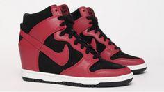Nike Dunk Sky High - Noir / Rouge