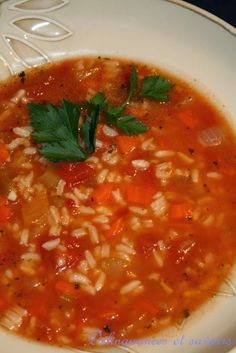 Délinquances et saveurs: Soupe riz et tomate - Amazing Foods Menu Recipes Healthy Stew Recipes, Healthy Soup, Chili Recipes, Soup Recipes, Cooking Recipes, Healthy Lunches, Recipies, Tomato Rice Soup, Stew And Dumplings