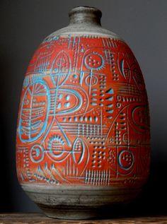 1968 Carstens vase designed by Gerda Heuckeroth. 7086/45.