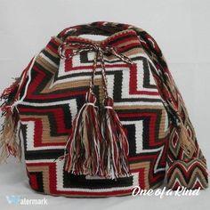 ✨✨✨ Pre-Order Wayuu Bag ✨✨✨ แบบใหม่ ลายใหม่ พึ่งเข้ามานะคะ เข้ามาสอบถามได้ค่ะ ของมาไวไปไว้ค่าาา #oneofakind #1oneofakind #ขายกระเป๋าcolombia #mochilaswayuu #colombiabag #wayuubags #wayuuthailand #tribe #tribalstyle #tribalbag #boho #vintage #vintagebag #gypsy #streetstyle #summer #spring #summerbags #uniquebag #trend #trendy #กระเป๋าwayuu #ขายกระเป๋าwayuu