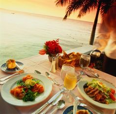 Plan the Perfect Caribbean Vacation: Plan Your Caribbean Vacation: Restaurants and Dining Out