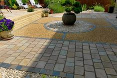 Garden Landscaping - Pavestone - Natural Paving Stone for gardens and driveways #ContemporaryGardenLandscaping
