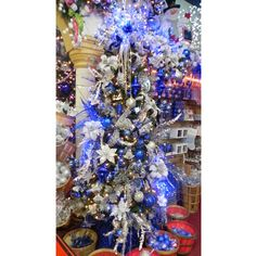 Blue and Silver Christmas Tree-this would be great for my Butler tree this year:)