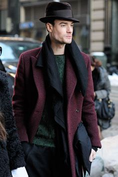 trilby_chapeu_modelo I LOVE THE COLOR OF THIS JACKET
