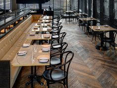 Chiara is a 150 seat Italian restaurant and bar with separate wine cellar private dining room for 16.