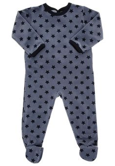 petit bateau - love it. Cool Kids Clothes, Baby Kids Clothes, Toddler Boy Outfits, Kids Outfits, Star Children, Bodies, Kid Styles, Fashion Kids, Baby Wearing