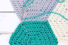 Clear photo tutorial that shows how to join crochet hexagons with an invisible seam. Perfect for sewing hexagons together for an afghan.