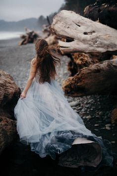 Moody Bridal shoot on Washington's Olympic Peninsula via Magnolia Rouge