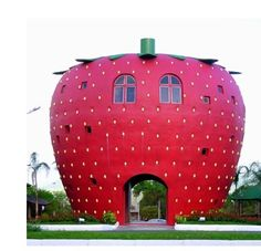 Strawberry House, Brazil