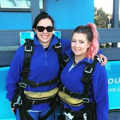 What did you do with your Thursday? We jumped out a plane. #skydiving #melbourne #alllimbspresentandcorrect #lotsofcozylayers #getofftheplane by fitz_792