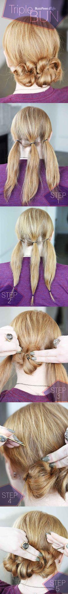 Sujeta tu pelo para formar tres pequeños rodetes.