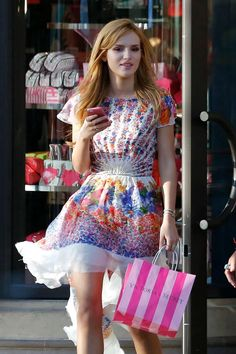 Bella Thorne shops at Victoria's Secret in Santa Monica Cute Girl Dresses, Cute Outfits, Bella Thorne And Zendaya, Bella Throne, Hottest Redheads, Colourful Outfits, Celebs, Celebrities, Child Models
