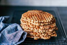 Sunnere frokostvafler - Treningsfrue Cookies, Desserts, Food, Crack Crackers, Tailgate Desserts, Deserts, Biscuits, Essen, Postres