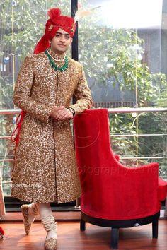 "Photo from Biplabs Photography ""Wedding photography"" album Sherwani For Men Wedding, Wedding Dresses Men Indian, Groom Wedding Dress, Indian Wedding Wear, Indian Wedding Photos, Sherwani Groom, Mens Sherwani, Wedding Couples, Bride Groom"