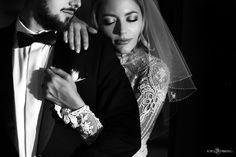 Mirela si Dragos | Fotograf nunta, Fotograf botez, Fotograf profesionist - Foto Dumbrava Rings For Men, Romantic, Wedding, Fashion, Valentines Day Weddings, Moda, Men Rings, Fashion Styles, Romance Movies