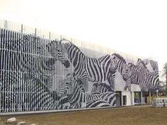 Fassade Zebras