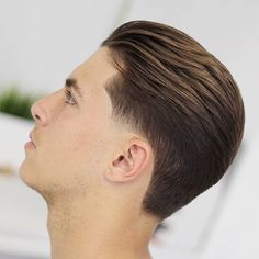 42 Best Short Haircuts For Men In 2018 - Men's Hairstyles Barba Grande, Short Hair Cuts, Short Hair Styles, Little Girl Hairstyles, Men's Hairstyles, Mens Slicked Back Hairstyles, Classic Mens Hairstyles, Slicked Hair, Oriental Tattoo